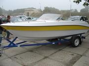 Продам моторную лодку