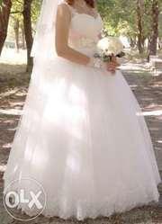 Продам очень красивое и нежное свадебное платье