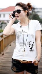 Стильная красивая футболка с принтом из хлопка с блестками