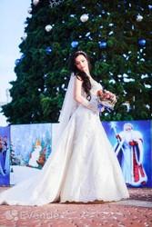 Шлейфовое свадебное платье