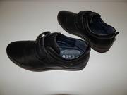 Туфли 35 разм. на липучках,  отличное состояние, торг.
